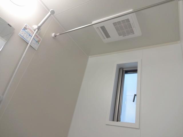 浴室暖房乾燥機付き、冬はホッカホカ、お洗濯もしっかり乾燥。