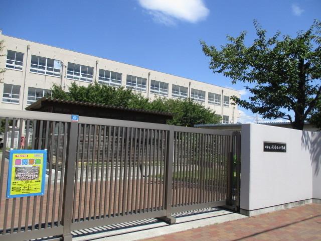 浅香山小学校まで徒歩10分ほどです 浅香山中学校まで徒歩12分ほどですよ