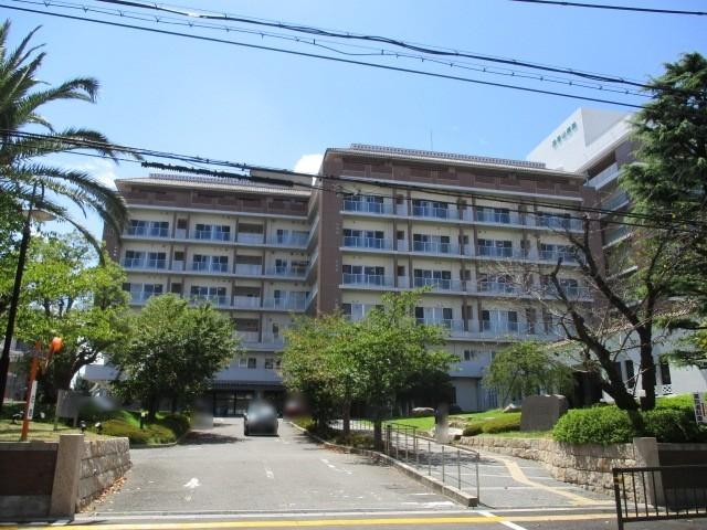 浅香山病院まで徒歩12分ほどです