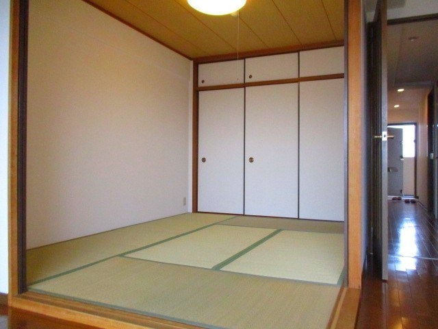 和室6.0帖 扉を開放することができます