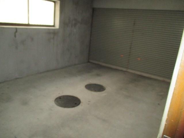 1階 駐車スペース