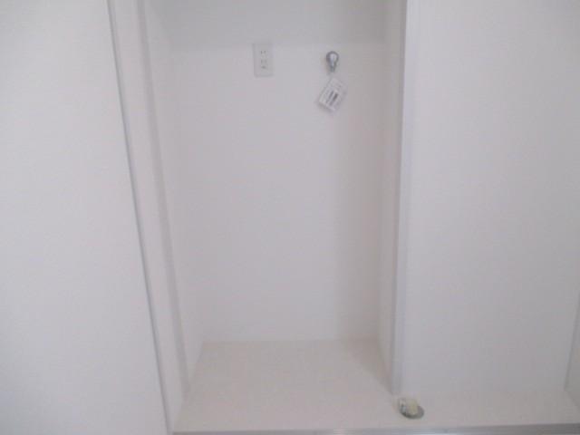 洗面室:洗濯機置場に水栓を新調
