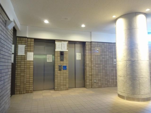 2基のエレベーターで快適です