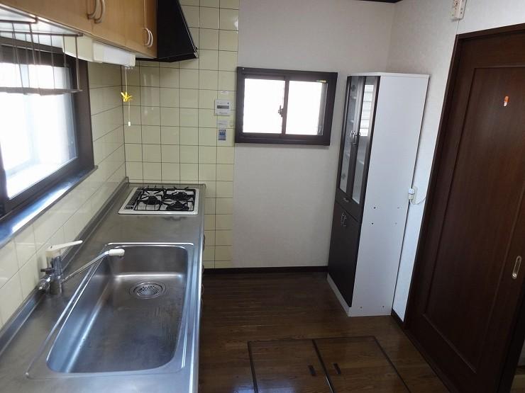 システムキッチンはゆとりの2550サイズ