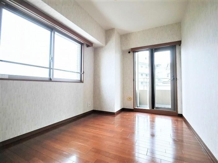 洋室C どのお部屋も共用廊下に面していないので、歩く音が気にならずとても快適です。