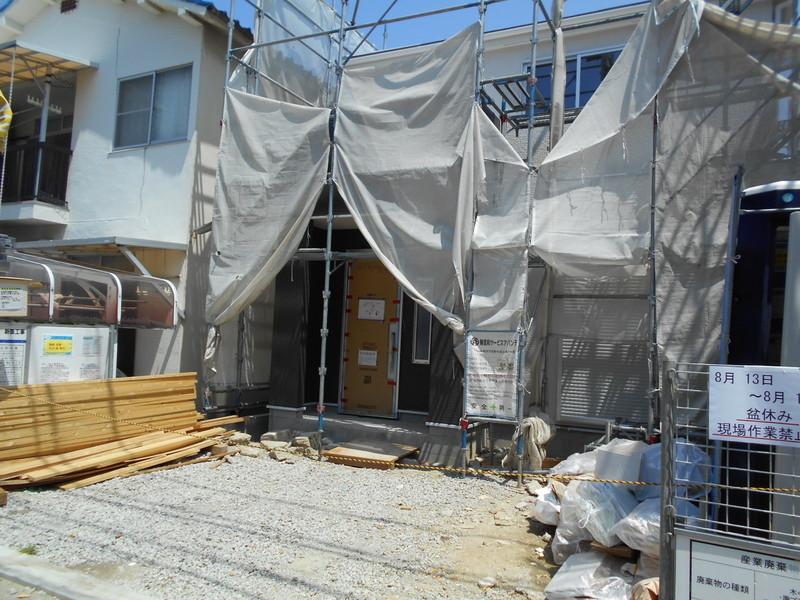 初芝駅より徒歩4分。9月完成予定の新築物件です。
