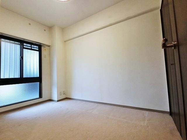 窓の面積も多く どのお部屋も明るいのが特徴です