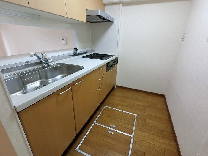 1Fのお部屋なので、床下収納庫がございます。