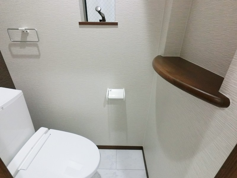 1Fトイレです。こちらにもニッチがありますよ。
