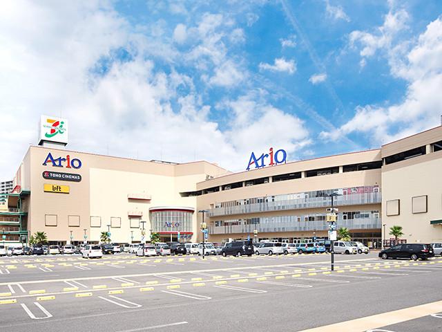 アリオ鳳まで徒歩8分です。大型ショッピングセンターが徒歩圏内だととても便利ですね。