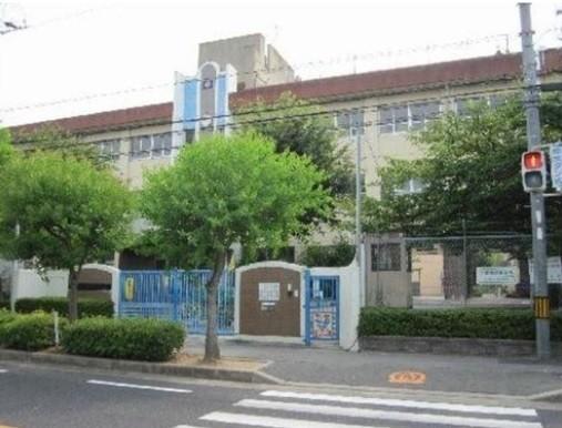和泉市立光明台北小学校まで1095m
