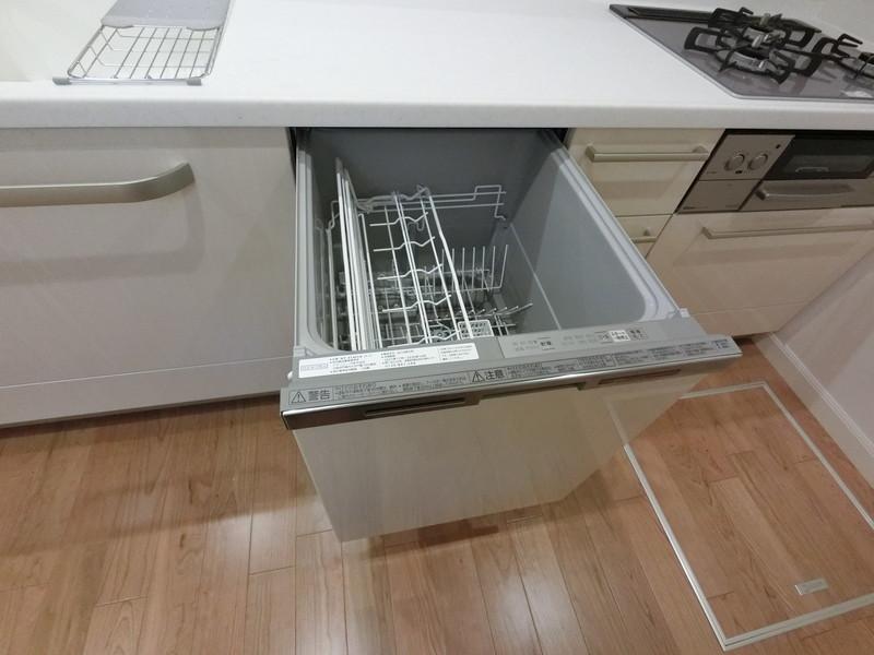 奥様の味方、食器洗浄機ついてます◎