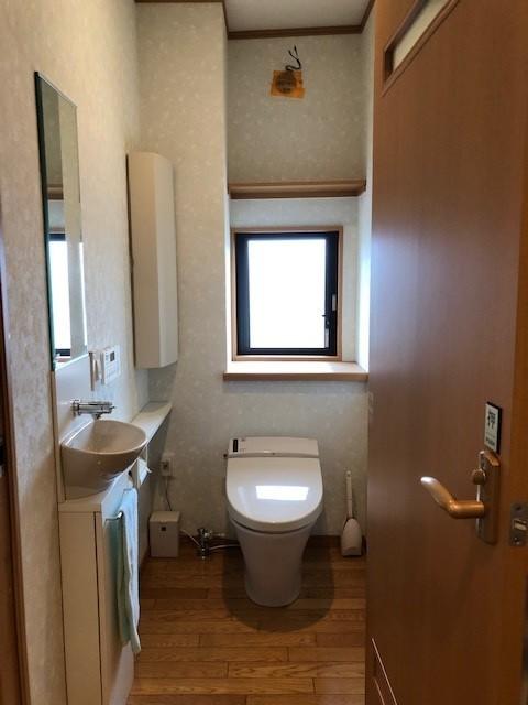 高級感のあるお洒落なトイレ