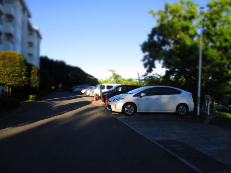 7号棟は目の前に駐車場があるので近くて便利です。