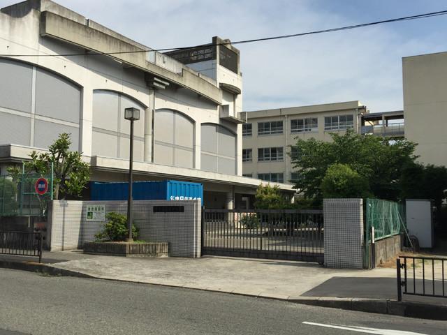堺市立長尾中学校 徒歩6分
