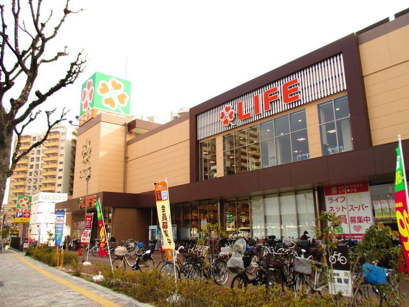 ライフ堺駅前店徒歩2分