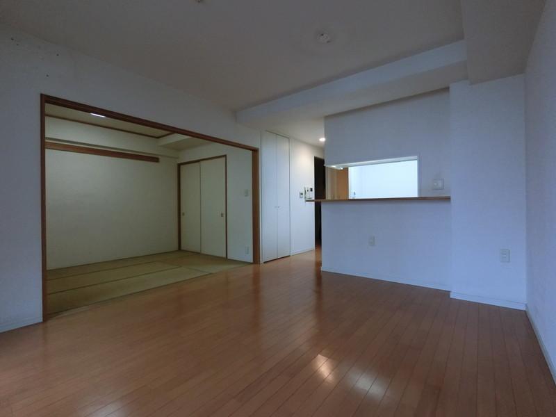 リビング横は和室です。