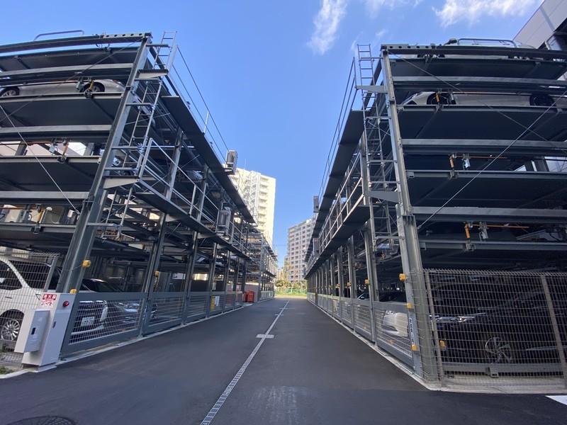 全住戸に1スペースのスペースあり機械式立体駐車場です