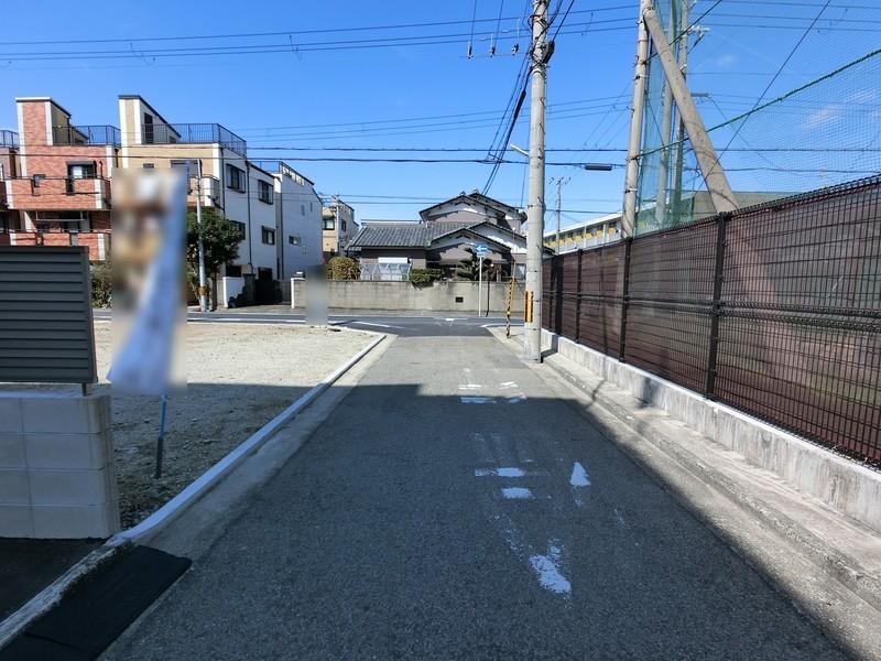 南海高野線、JR阪和線「三国ヶ丘」駅徒歩約8分で二沿線利用可能。