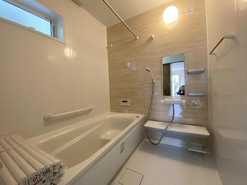 浴室換気暖房乾燥機付