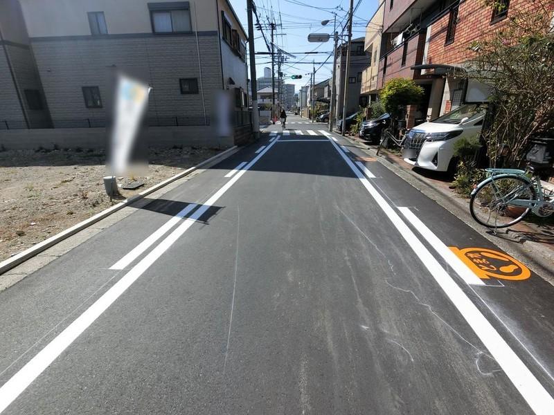 前面道路も整備されていますので、安心ですね