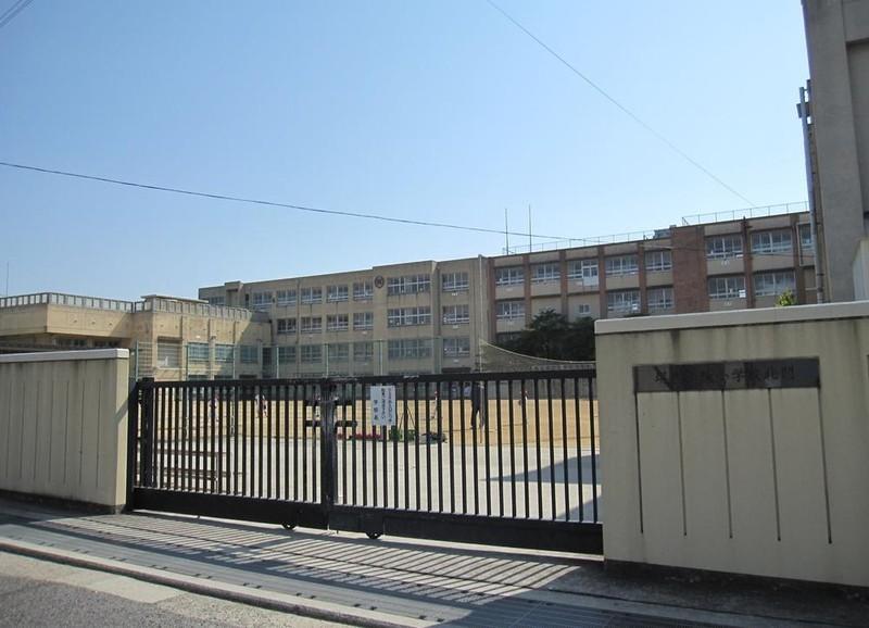 堺市立榎小学校 徒歩10分