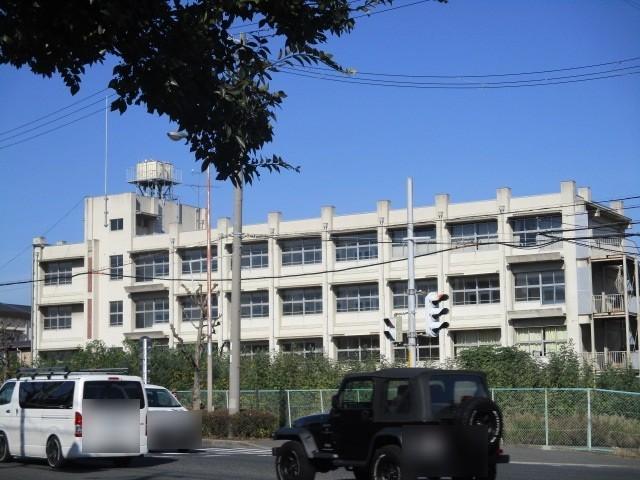 浜寺中学校まで1554m