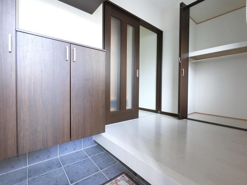 玄関収納■収納力抜群の玄関収納やシューズボックスが魅力。収納しっかりで、お部屋すっきり♪