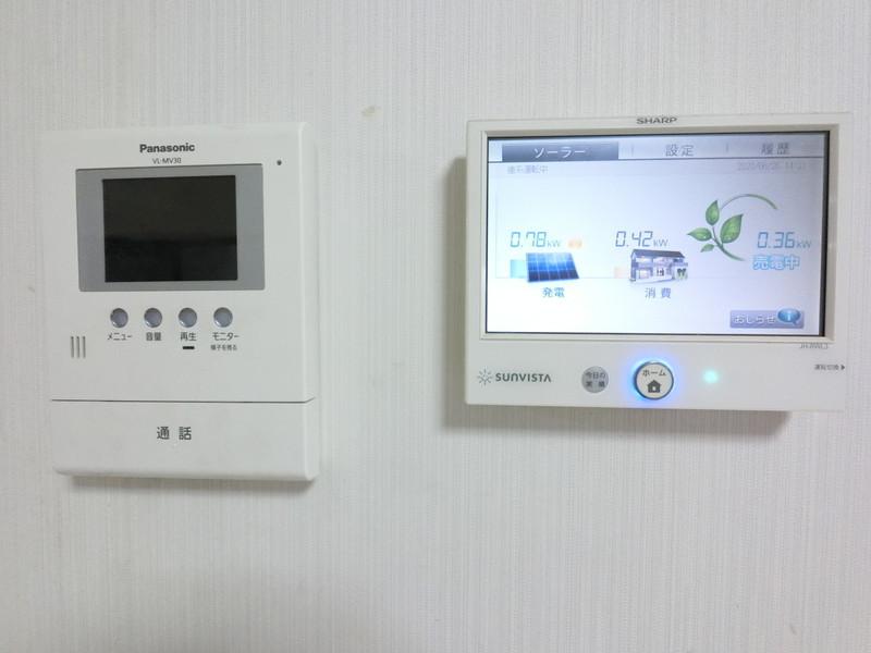 TVモニター付インターホン 太陽光発電モニター