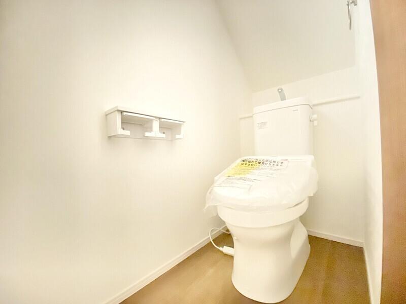 【1Fトイレ】