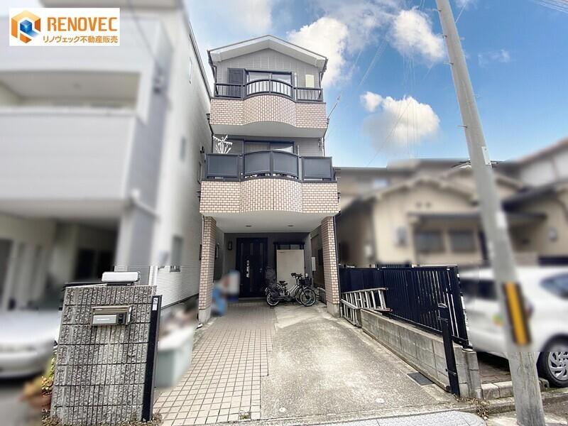 【現地外観写真】JR阪和線「堺市」駅まで徒歩4分、南海高野線「堺東」駅まで徒歩15分の2WAYアクセス♪