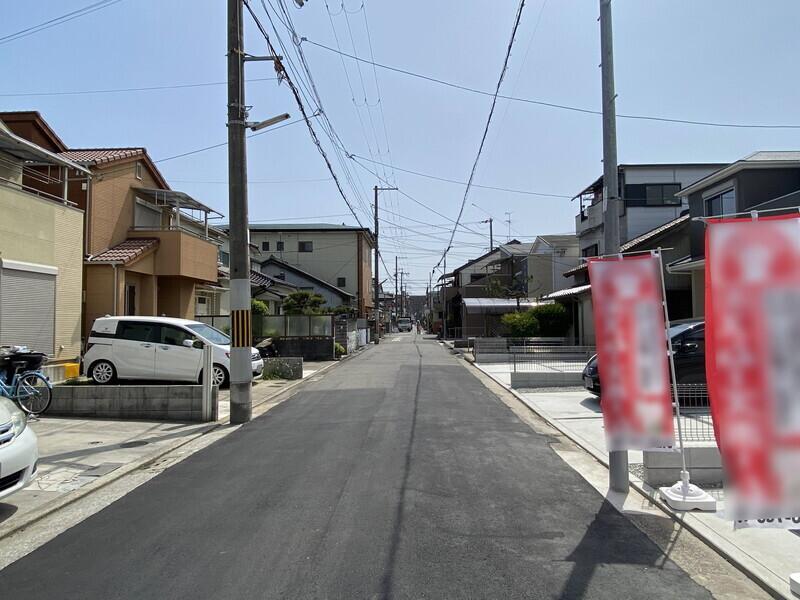 【前面道路】前面道路幅員5.45m。