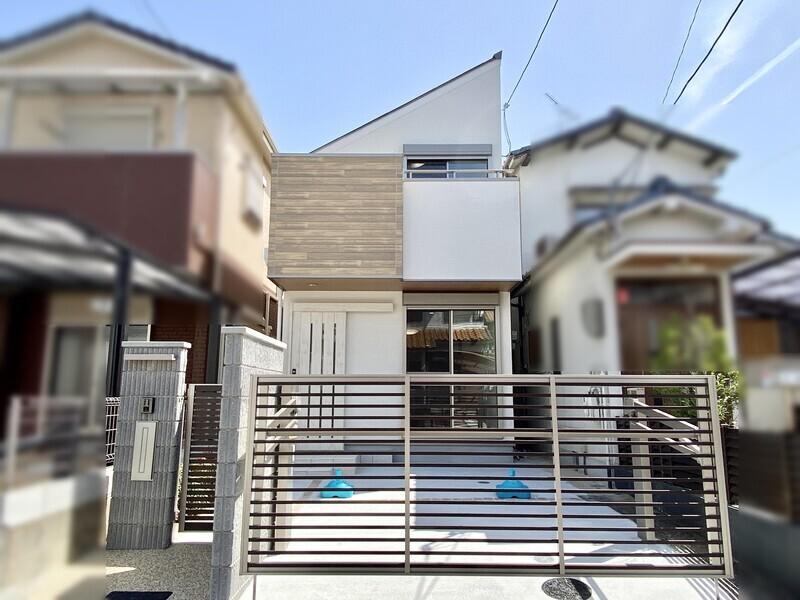 【現地外観写真】JR阪和線『東上野芝』駅より徒歩10分♪閑静な住宅街のお住まいです♪