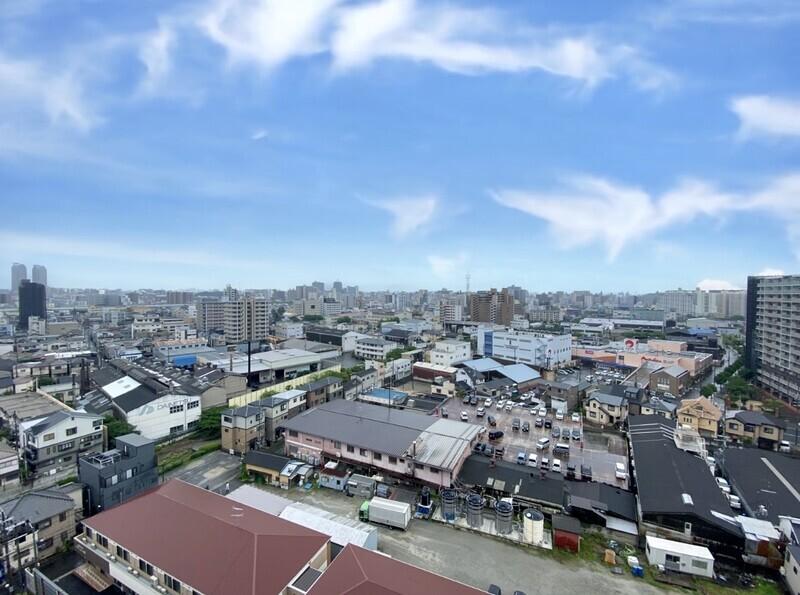 【住戸からの眺望写真】毎日暮らす場所だから眺望は大事ですよね♪見晴らしだけでなく南向きバルコニーと対面側からの風通しも良好です♪