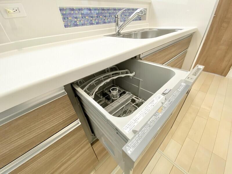 【浄水器兼用混合栓/食器乾燥機/床下収納】
