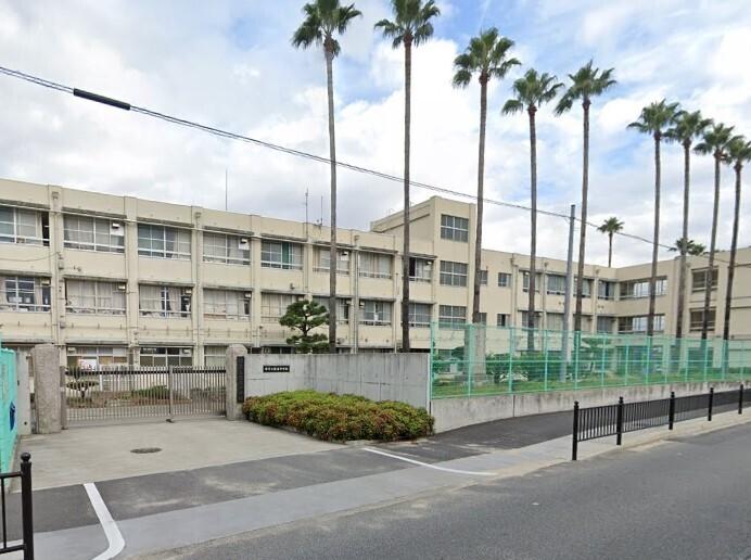 堺市立陵南中学校まで206m 徒歩約3分